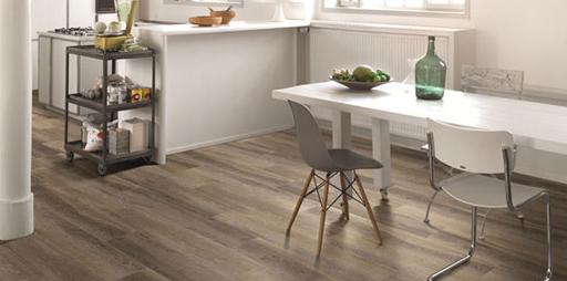 Tarima flotante suelos de madera discesur decoraci n - Casas con tarima flotante ...