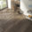 Habitación con parquet cerámico de Inalco Arizona