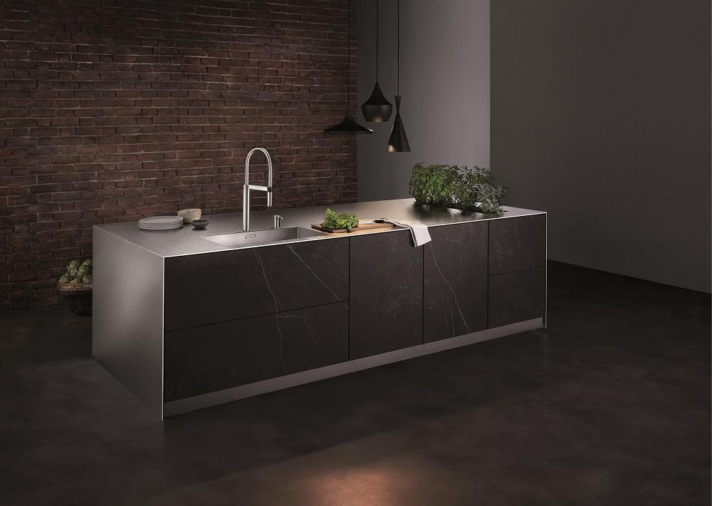 Mueble de cocina con un grifo de Blanco (Colección Culina-s Duo)