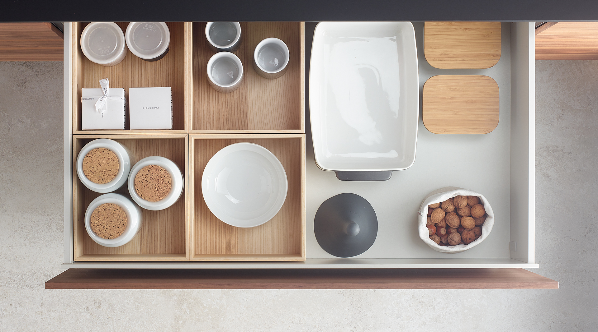 tipo gaveta de cocina